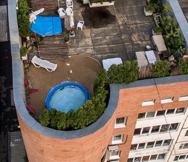 В 300 тысяч рублей штрафов может обойтись бассейн на крыше дома в Красногорске