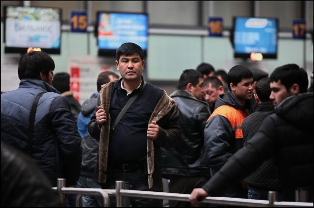 Росстат: Численность населения Российской Федерации растет как правило засчет мигрантов