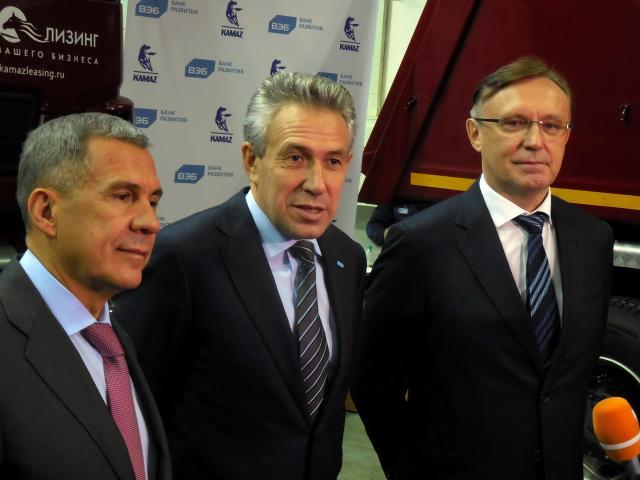 ВЭБ и«Камаз» договорились продвигать продукцию нарынки иностранных стран