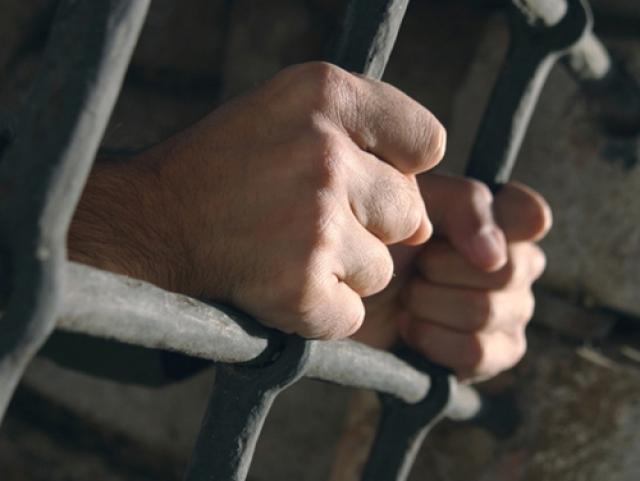 Насильник 4-летней девушки сядет на16 лет