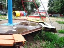 Гвоздь детской площадки