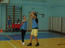 Школьники Набережных Челнов осваивают русскую лапту