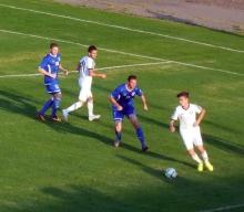 Футболисты 'КАМАЗа' потрепали нервы болельщикам