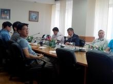 Фархад Латыпов принял бизнесменов из Южной Кореи