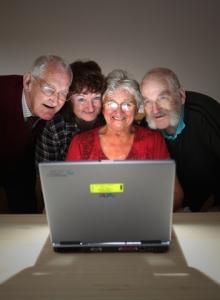 Пенсионеры в Набережных Челнах рвутся на компьютерные курсы