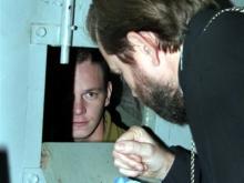 Осужденным разрешили исповедоваться так, чтобы их не слышали охранники