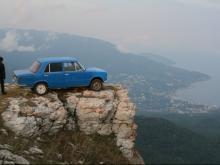 Едешь в Крым? Машину оставь на перехватывающей парковке у паромной переправы
