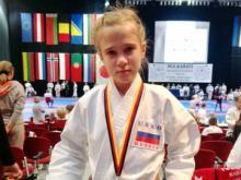Александра Кустовская стала второй на чемпионате Европы по каратэ