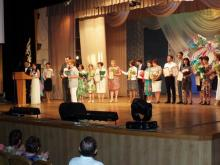 Лауреатов конкурса 'Лучший детский врач-2015' наградили в ДК 'Энергетик'