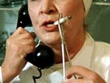 Челнинка возмущена: «В коридорах инфекционной больницы курят и врачи, и пациенты»