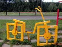 Восстановлена композиция 'Квадратные велосипеды', пострадавшая от вандалов