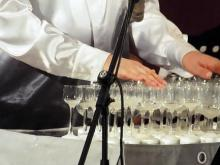 В Органном зале исполнили 'Серенаду уходящему году' под звуки хрустальных бокалов