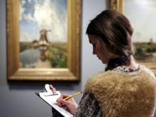 В Картинной галерее предлагают отказаться от селфи и зарисовать понравившуюся картину