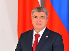 «Сергей Яковлев использует статус депутата и «единоросса», чтобы решать вопросы личного бизнеса»
