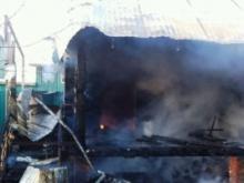 В окрестностях Набережных Челнов сегодня сгорели две бани, сарай и садовый дом.