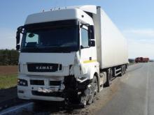 На автотрассе 'Елабуга - Пермь' в смертельном ДТП погибли мужчина и женщина