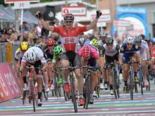 Ильнур Закарин переместился на вторую строчку общего зачета «Джиро д'Италия»