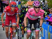 Ильнур Закарин продолжает отвоевывать секунды на велогонке «Джиро д Италия»