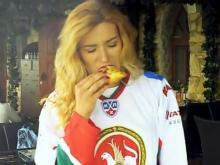 Челнинцы сняли свою версию видеоклипа группы 'Ленинград' на песню 'Патриотка' (видео)