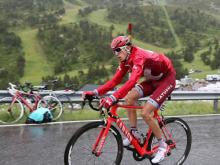 Ильнур Закарин избежал завала под упавшей аркой на велогонке «Тур де Франс»