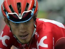 На многодневке 'Тур де Франс' Ильнур Закарин потерял линзы