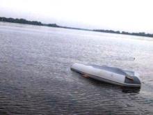 Пьяный капитан толкача посадил баржу на мель и перевернул лодку с рыбаками