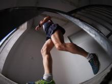 «Бег по вертикали»: Ирек Мубаракшин взобрался на крышу по лестницам 2/18 за 1 минуту 27 секунд