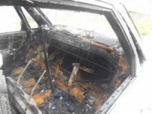 Ночью в -м комплексе в огне пострадали три машины