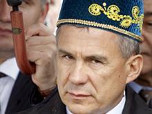 Рустам Минниханов критикует татарскую эстраду: 'Фонограмма, одеты непонятно...'