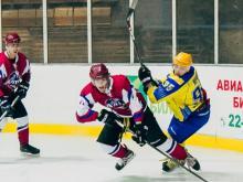 Хоккейный клуб 'Челны' потерпел шестое поражение подряд, вновь уступив 'Алтаю'