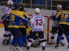 Хоккейная команда 'Челны' терпит седьмое поражение подряд в первенстве ВХЛ