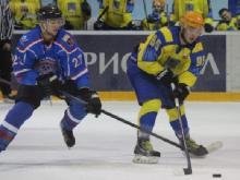 Хоккейный клуб 'Челны' проиграл оба матча 'Славутичу' в Смоленске с общим счетом 3:10