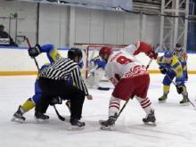 Хоккейная команда 'Челны' обыграла лидера первенства ВХЛ со счетом 6:3