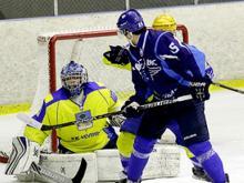 Во втором матче в Самаре хоккейная команда 'Челны' обыграла ЦСК ВВС со счетом 2:1