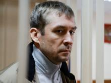 Дмитрий Захарченко, возможно, держал общак группировки из МВД. Он не сотрудничает со следствием