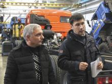 В Чечне решили развивать газомоторный транспорт на базе грузовиков 'КАМАЗ'