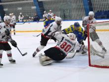 Хоккейный клуб 'Челны' во второй раз разгромил соперника из Саратова, забив 6 шайб