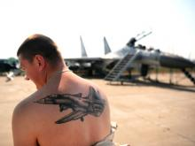С татуировками в армию берут только с разрешения психиатра
