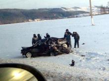 Возле горнолыжного курорта Федотово столкнулись 'Лада Приора' и 'Порше Кайен'