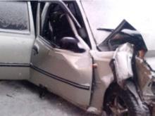 В столкновении двух 'Дэу Нексия' на загородной трассе погиб один человек и пострадали пятеро