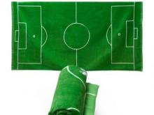 Кто распоряжается футбольными полями города?