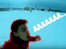 Юный челнинский видеоблогер пробежался по набережной в трусах в -28 градусов (видео)