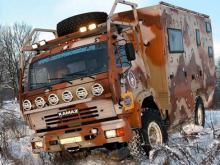 Умельцы из Подмосковья создали на базе 'КАМАЗа' автодом, вложив в его создание 9 млн рублей