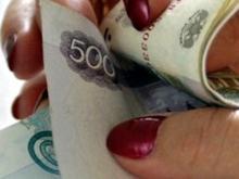 43-летняя челнинка, ухаживающая за пенсионером, украла у старика деньги и купила себе шубу