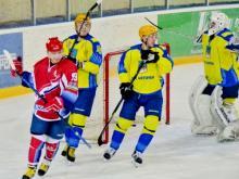 Хоккейный клуб 'Челны' потерпел разгромное поражение в Саранске со счетом 1:4