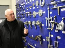 Челнинская фирма комплектует автомастерские Минобороны
