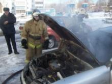 Во дворе дома 3А/40 поселка ГЭС обгорел автомобиль «Митсубиси Лансер»