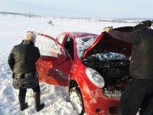 В Татарстане спасатели выехали на соревнования и по пути помогли автоледи, попавшей в ДТП