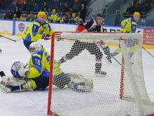 Во второй игре плей-офф хоккейный клуб 'Челны' проиграл 'Тамбову' только в овертайме