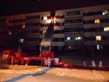 В доме 50/04 загорелась квартира - лопнувший водопровод затопил жилье на нижних этажах